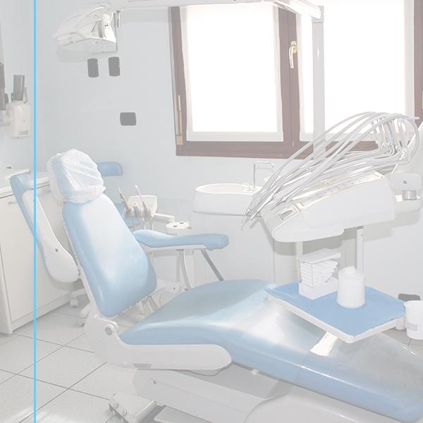 odontoiatra-sedia-studi-medici-usuelli